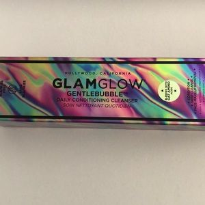 Glam glow gentle bubble cleanser